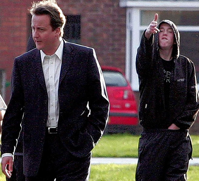 http://lebanonspring.files.wordpress.com/2011/08/david-cameron-hoodie-yob-gun-hand-sign-shooting-culture.jpg